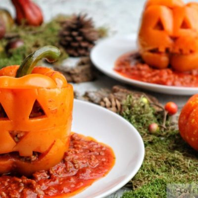 stuffed peppers, halloween, ground beef, rice, recipe, jack-o-latern, face, creative, pumpkin, pine, front, bell peppers, orange