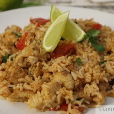 lime, tomato, cilantro, wedges, rice, chicken, recipe, tasty, simple, quick, food, meal, close up