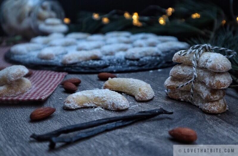Vanillekipferl Vanilla Crescent Cookies