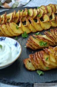 potato, tornado, recipe, baked, skewer, spiral, sour cream, tasty, crisp, crispy, snacks, side dish, fun way, cut, recipe