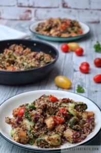 quinoa, with, tofu, vegetables, vegan, recipe, easy, tasty, diet, tomatoes, mix, parsley