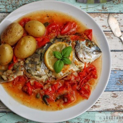 dorado, sea bream, recipe, baked, tomato, basil, sauce, white wine, lemon, fresh, herbs, onion, fish, dish, meal, tasty, delicious, flavorful