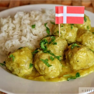 danish, meatballs, curry, sauce, recipe, gravy, tasty, savory, hearty, authentic, traditional, Danes, generation, parsley, garnish, served, rice, flag, denmark, lovethatbite