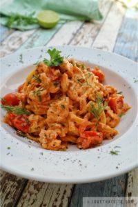 tagliatelle, salmon, creamy, tomato, sauce, pasta, recipe, italian, dish, food, lovethatbite, parsley, dill, hearty, lime, al dente