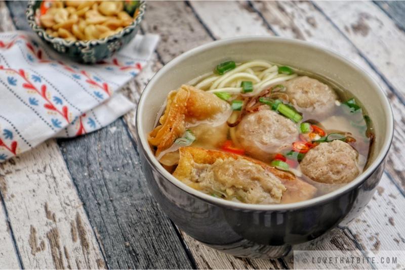 Indonesian Meatball Soup – Bakso