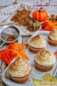 pumpkin cupcakes, cupcakes, muffins, pumpkin, cinnamon, leaves, fall, autumn, recipe, treats, halloween, lovethatbite