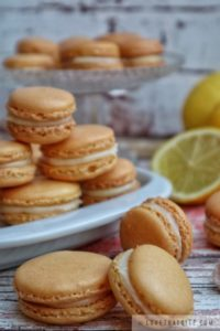 lemon, macarons, white chocolate, ganache, filling, creamy, yummy, treats, french, recipe, rezept, resep, party, birthday, bake
