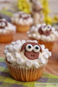 sheep, cupcakes, easter, recipes, marshmallow, cute, adorable, shaun the sheep, sheeps, baking, delicious